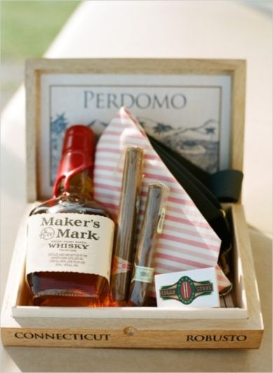 Groomsmen Gift (Photo Captured by Austin Gros via Wedding Chicks)