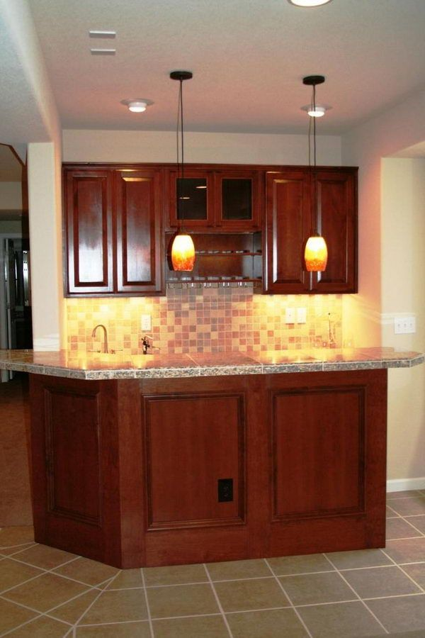 Best 25 small basement bars ideas on pinterest man cave - Basement wet bar design ...