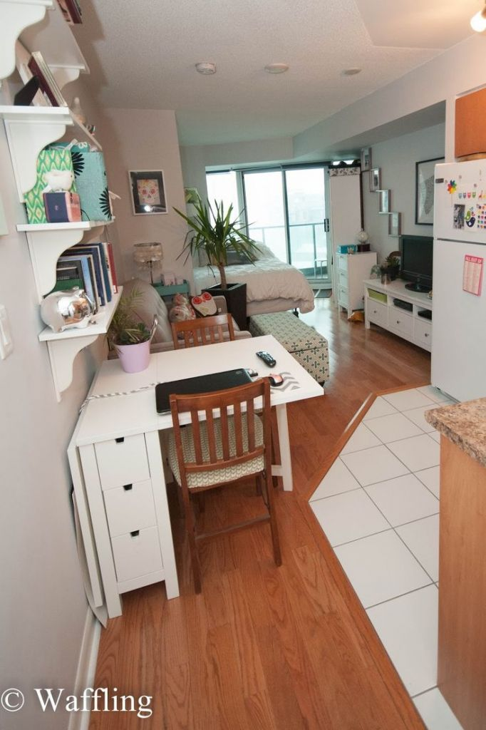 studio apartment furniture layout. Best 25  Decorate studio apartments ideas on Pinterest Studio apartment divider layout and Small