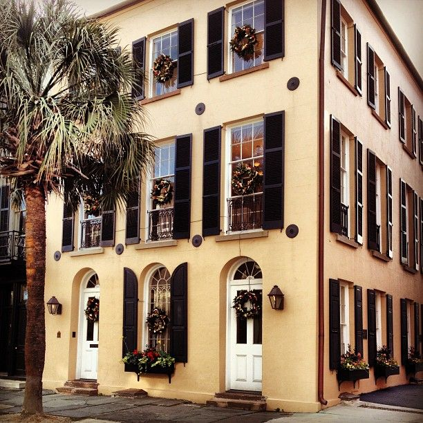 It's Christmas in Charleston!