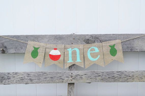 This Gone Fishing themed 1st Birthday high chair banner is the perfect addition to your little ones birthday party!! It can also be used as a mantel banner or a back drop for birthday pictures. Banner can be customized to match your party decor and changed for appropriate age. This item is hand painted on natural burlap treated to prevent fraying. It is stung together with jute twine with 20 of extra twine on each end for easy hanging. Scroll to the last photo for font color selections. THIS…