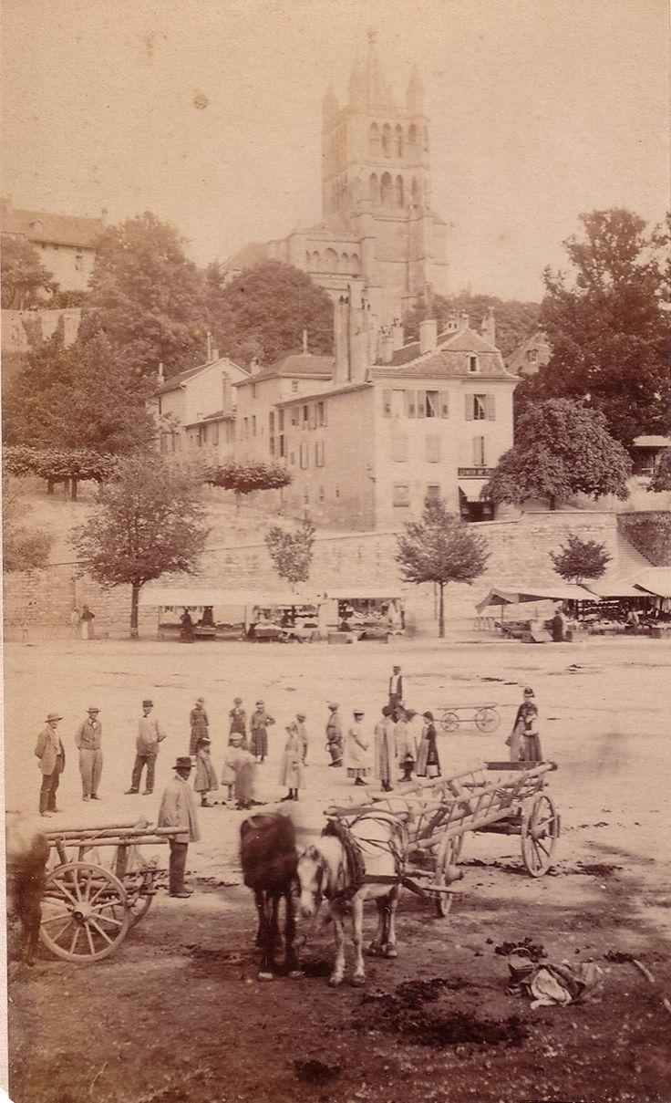 Lausanne Place de la Riponne 1880