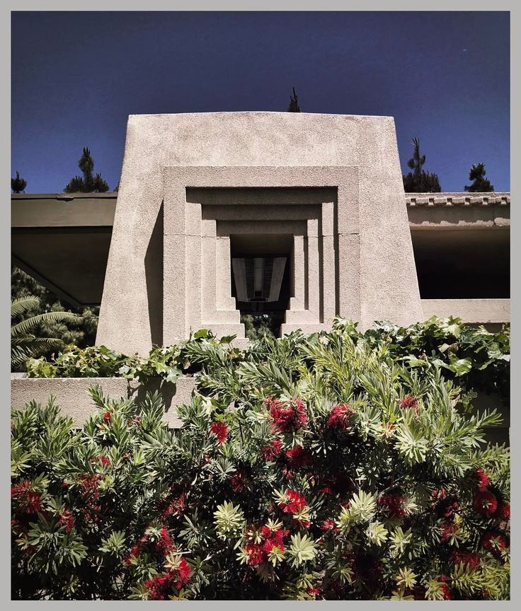 "62 Likes, 3 Comments - Brandon (@bg42385) on Instagram: ""#hollyhockhouse #franklloydwright #hollyhock #hollywood #architecture #temple #mesoamerican #aztec…"""
