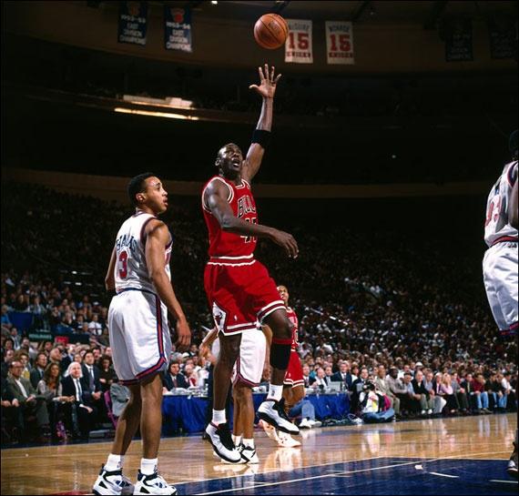 Flash Back // Michael Jordan In The Air Jordan X