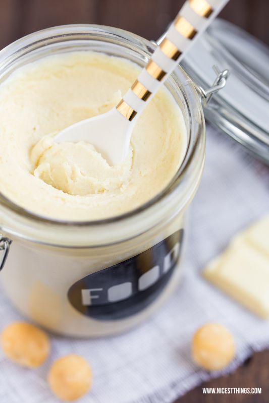 * Nicest Things - Food, Interior, DIY: Weiße Schokocreme mit Macadamia - 12 GOLD Gastgeschenketipps