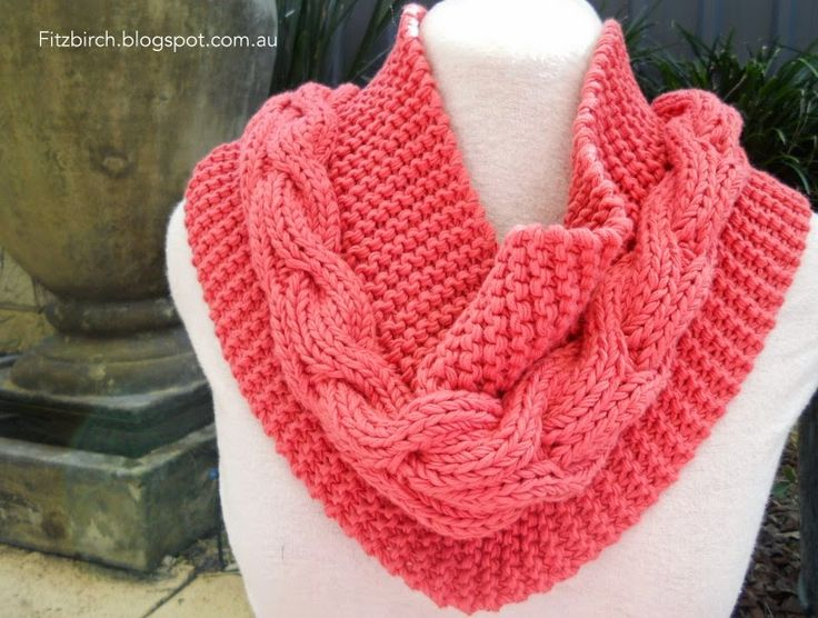 Cable and Garter stitch knitted cowl and it's a free pattern!