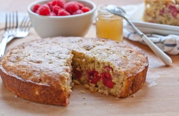 Cornmeal Cake with Fresh Corn and BerriesCake Cupcakes Creations, Baking Stuff, Sweets Spoons, Fresh Corn, Raspberries Cornmeal, Raspberries Cake, Corn Cornmeal Raspberries, Blueberries Cornbread, Cornmeal Cake
