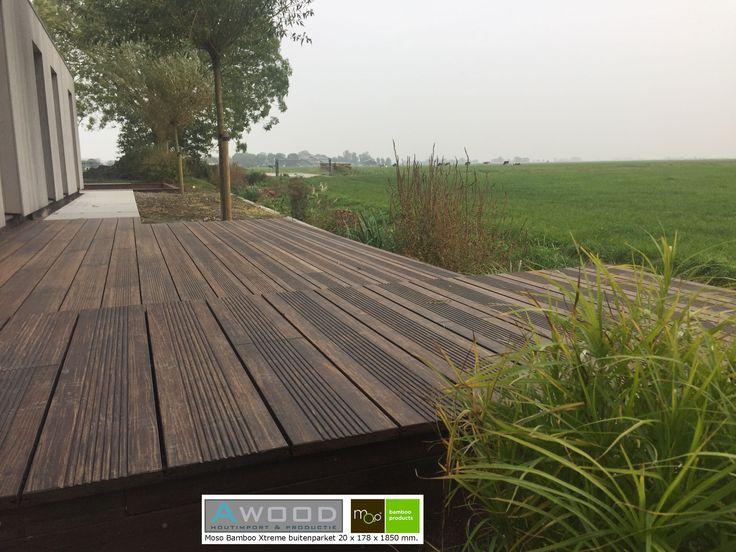 Moso Bamboo Xtreme 178 mm brede planken blijven superstabiel. Alle lijnen in het terras blijven super strak lopen. Dit maakt de het zeer geschikt als buitenparket. Bamboo vergrijsd op natuurlijke wijze en past daarom extra goed in een natuurlijke omgeving.