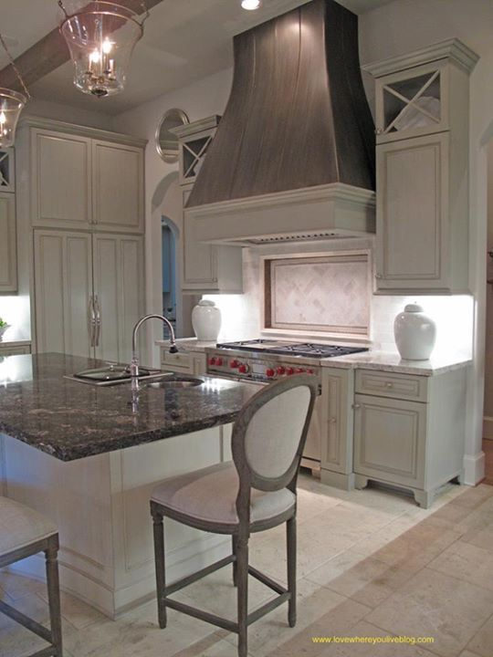 25 Best Ideas About Gray And White Kitchen On Pinterest