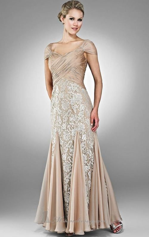 Wedding Dress Lace in Attracting Wedding Guest