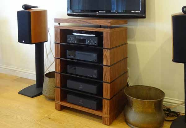 25 best ideas about hifi stand on pinterest vinyl record storage shelf record storage and. Black Bedroom Furniture Sets. Home Design Ideas