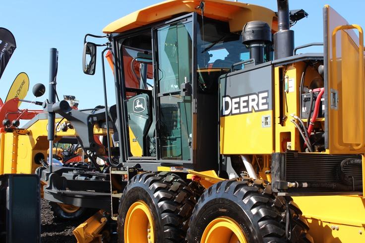 John Deere 670G Motor Grader | Civenex 2012 | Hitachi Construction Machinery Australia