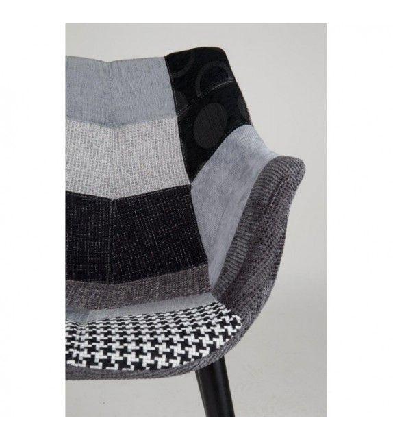 Chaise Twelve Patchwork noire et grise très design et original de la marque Zuiver sur MonDesign.com #zuiver #design #chic #black #grey #fashion #style #interiordesign #color #homeideas