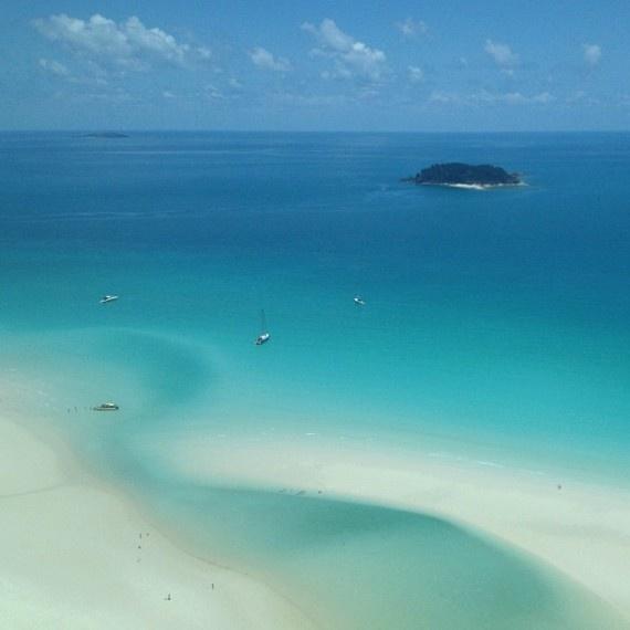 Guess where we are? #instagram photo: @hayden_quinn #hamiltonislandinstameet #whitsundays #beach #sand