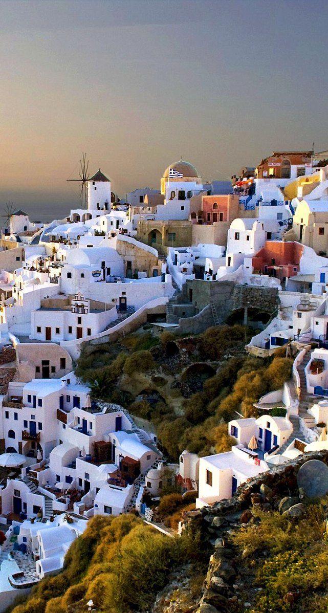Por fora muito azul e branco na arquitetura grega, e por dentro? Sera que também é assim?   #Timbeta #timbeta