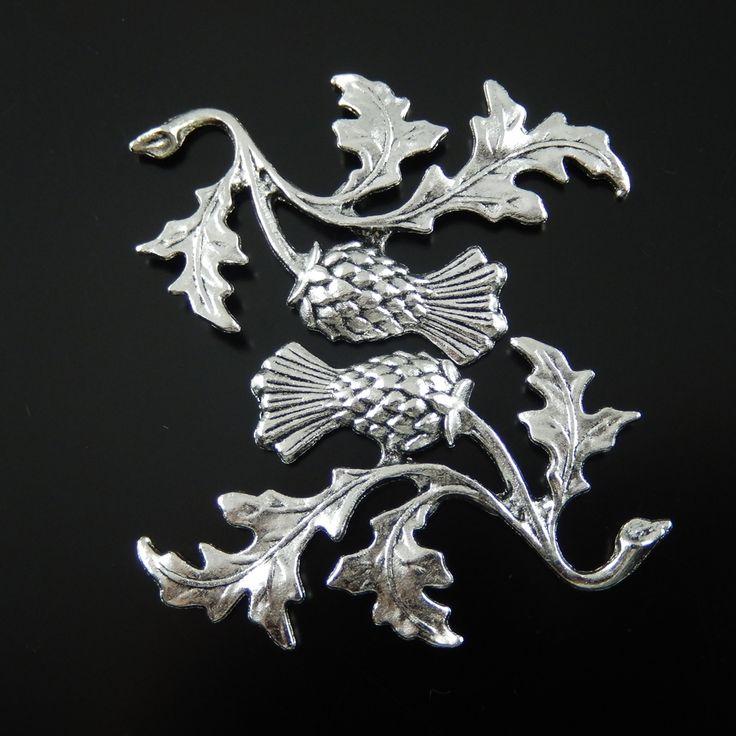 10pcs/pack Top  Wholesale Antiqued Style Silver Necklace Pendant Tone Alloy Thistle Plant Jewelry Accessories 47*32*2mm  AU32136