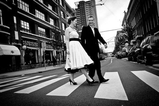 Eelco & Christine trouwen/vintage stijl {inspiratie deel 1} - Pinterested @ http://wedspiration.com.