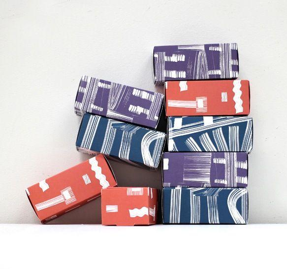 Christmas Gift Box + 3 flip books |Napa Books