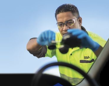 Northlakes Windscreens has carved a niche in the market by offering comprehensive windscreen crack & windscreen chip repair in North Lakes. They assure that the replacement solution is rendered by trained and qualified mechanics.