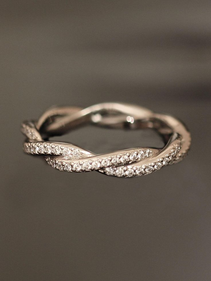 Double Twist Eternity Band.Right Hands Rings, Eternity Band, Anniversaries Band, Promise Ring, Eternity Rings, Wedding Bands, Wedding Rings, Weddingring, Engagement Rings