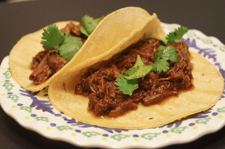 Slow Cooker: Shredded Beef Barbacoa - Weight Watchers | The Slender Kitchen