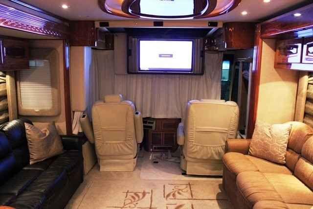 2005 Used Beaver Marquis 40 Pearl Qsl Class A in Washington WA.Recreational Vehicle, rv, 2005 Beaver Marquis 40 Pearl Qsl , 40' Four Slides Roadmaster Chassis Cat 525HP C13 Diesel Allison 4000-MH 6 Speed World Transmission Jacobs Engine Brake Automatic Traction control Onan 12.5kw Diesel Generator On Power Slide 10 Air Bag & Bilstein Shocks Cushion Air Glide suspension Polished Aluminum Wheels Hydraulic/Air Leveling System Dual Disk Brakes ABS 10K Hitch GPS Sat Radio Heated Seats On Star…