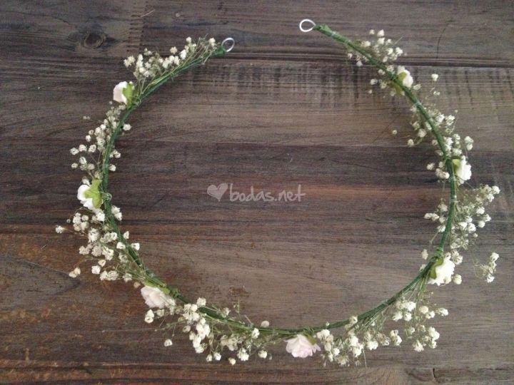 Corona flores y tocados de Hip&love - Coronas de flores y tocados | Foto 31