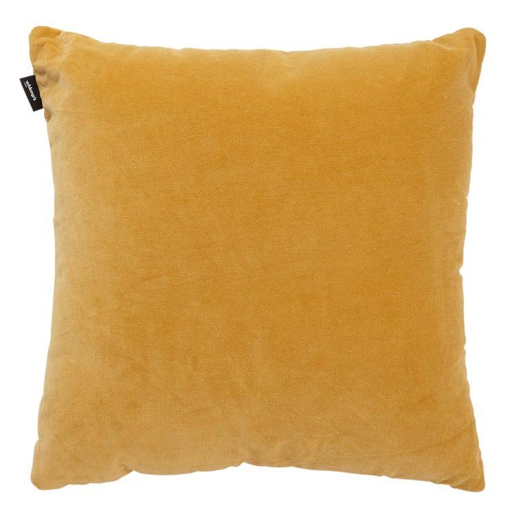 Kussen in een tof kleurtje voor in de fauteuil ! #wehkamp #okergeel #kussen