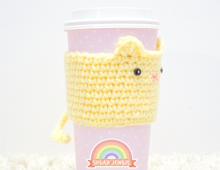 Kawaii Crochet Cat Coffee Cozy   why can't I crochet ): I can hardly make a normal crochet chain