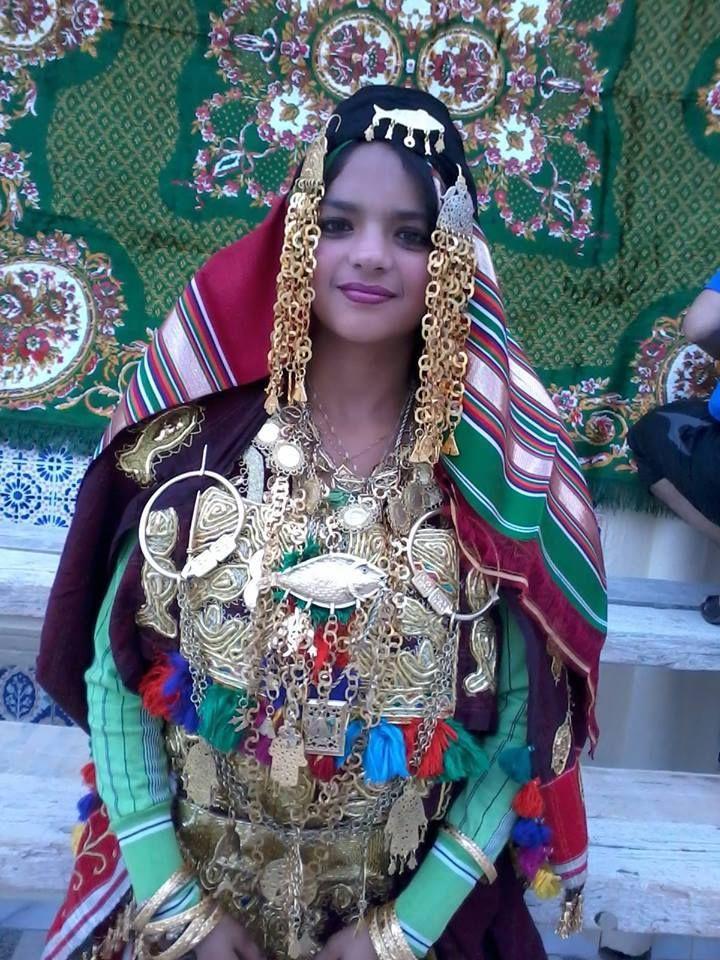 traditional clothes of quotzawiaquot sousse tunisia tunisie