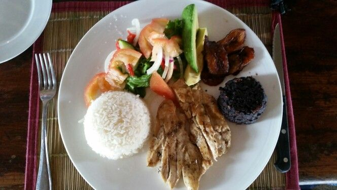 FOOD IN COSTA RICA IS SIMPLY AMAZING