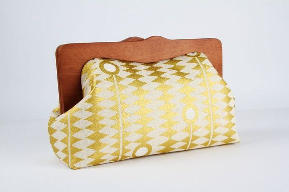 Clutch purse with wooden frame - Kuki to tane in metallic gold - Cosmetic purse / Japanese fabric / Zig zag chevron / white dots