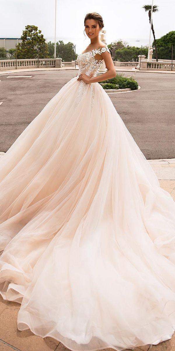 Off Shoulder Ball Wedding Dresses Princess Beads Lace Applique Bridal Gowns 2021