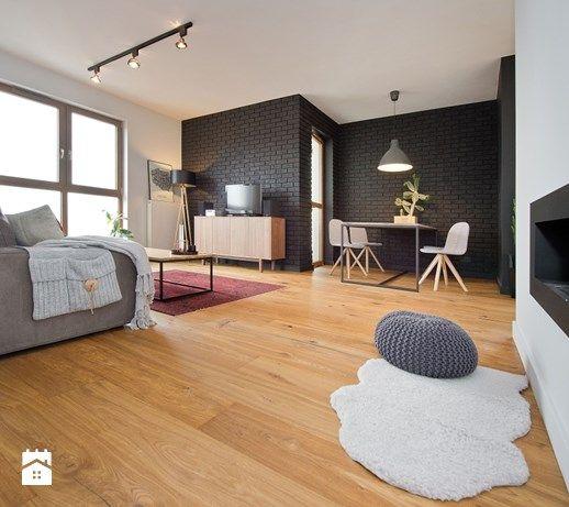 83-metrowy apartament w Qatro Towers w Gdańsku. Budżet końcowy, zawierający wszystkie materiały, meble i dekoracje to 1000 pln na metr kw. Czas realizacji od wejścia ekipy do przek ...