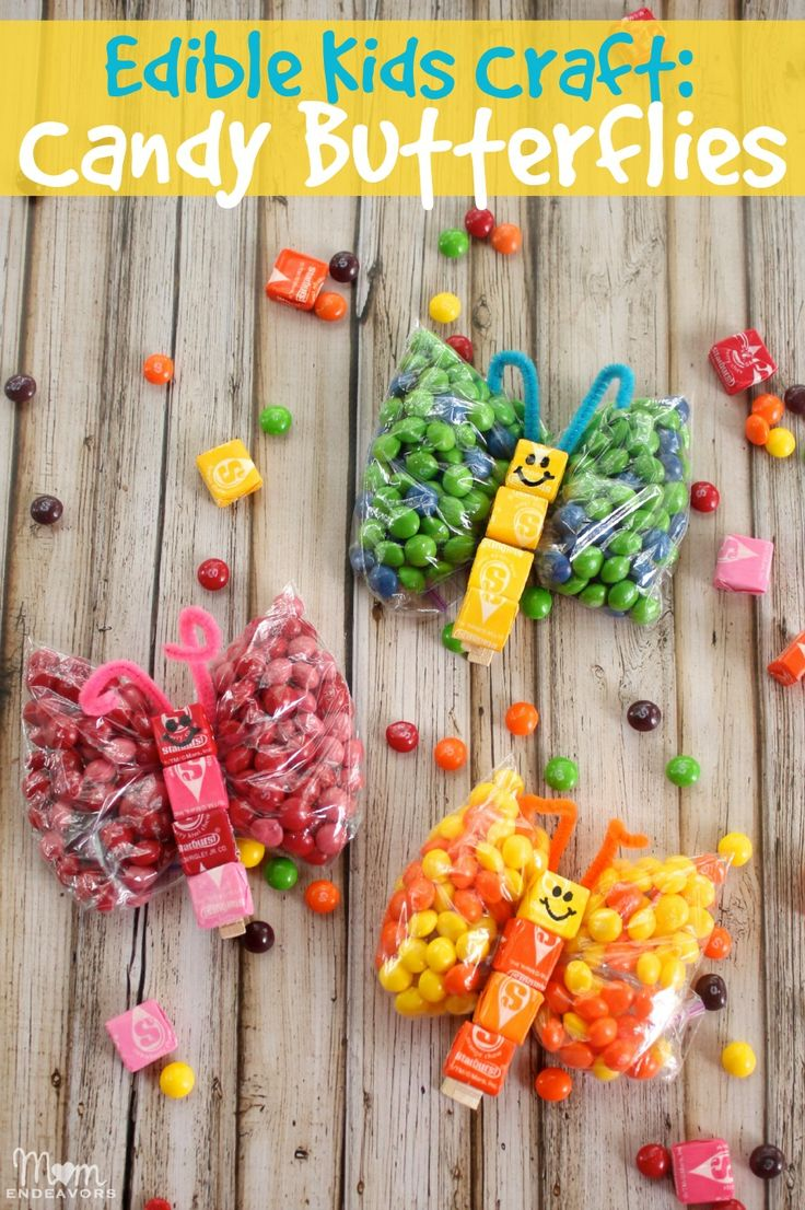Sweet edible kids craft: Candy Butterflies via momendeavors.com