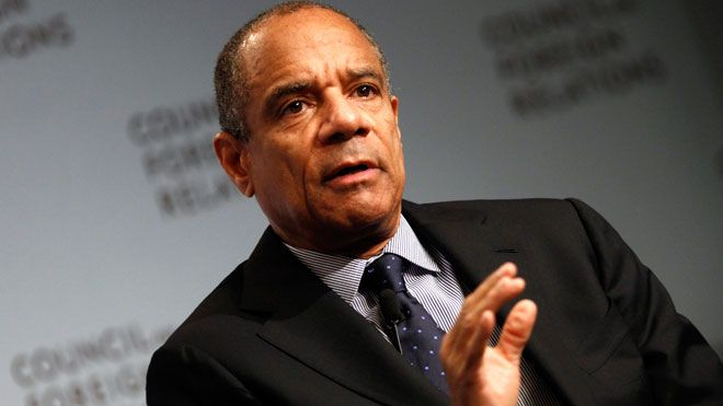 Kenneth Chenault   June 2, 1951 Kenneth Chenault, born  Kenneth Irvine Chenault (born June 2, 1951) is an American business executive. He has been the CEO and Chairman of American Express since 2001. He is the third African-American CEO of a Fortune 500 company