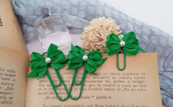 3 green page markers ribbon bows planner clips by Rocreanique on Etsy