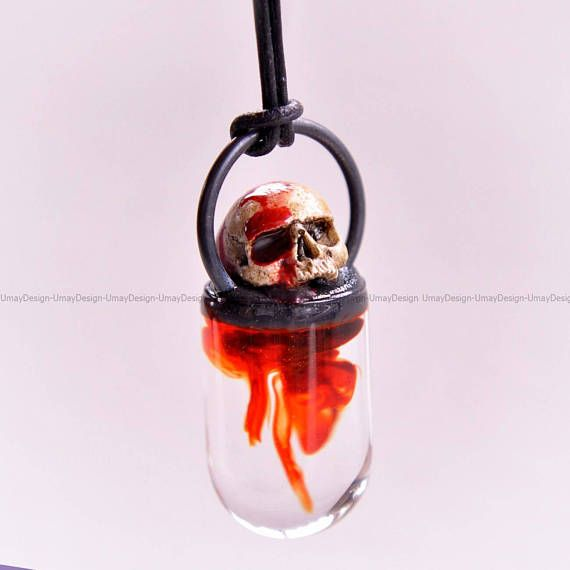 Hand Sculpted Realistic Skull Blood Effect Resin Art #umaydesign#umay_design#handmade#pendant#necklace#clay#polymerclay#polymer#skull#skulls#skullart#skulljewelry#skeleton#gothic#goth#gothgoth#gothgirl#gothjewelry#pastelgoth#witch#witchy#humanskull#horror#alternativefashion#dark#black#tattoo#art#artsy#sculpted #sculpture#handsculpted#resin#resinart#blood