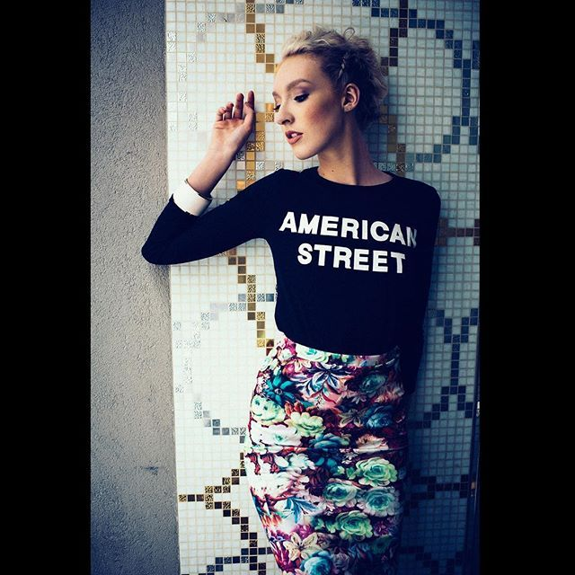 SnapWidget | Exile on Main Street. Model Sidney on location in Chicago for Issue 3. Photography: @iamjeffrich Hair: @katelyn_pruitt_hairstylist Makeup: @emily_dupre_makeup_artist Wardrobe and Styling: @m.i.n.k Follow us on Snapchat: @seenmag #SEENinprint #SEENinChicago #americanstreet #theundiscovered #fashion #beauthentic #model