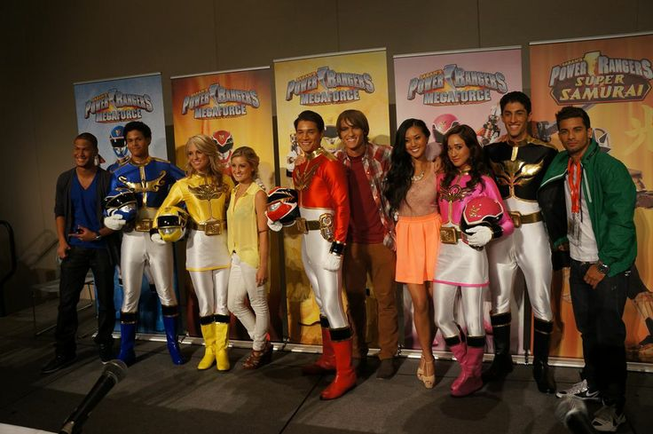 "Power Rangers Megaforce and Samurai Team Up | ... And First Trailer For ""Power Rangers Megaforce"" At ""Power Morphicon 3"