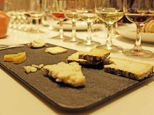 Álbum cata de quesos y maridaje de vinos 30/03 - Blog de interiorismo en Barcelona