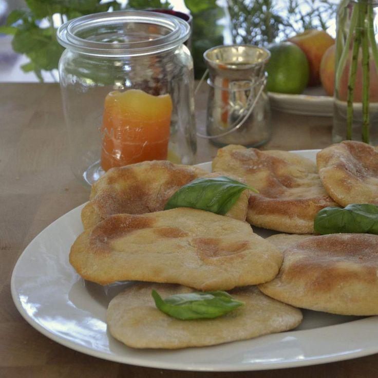 Rezept Griechische Pitta - Fladenbrot von lukitools - Rezept der Kategorie Brot & Brötchen