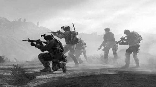 group of #Soldiers operating in the dawn <<< repinned by http://www.geistreich78.net