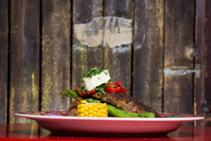 Cantina Westin Cajun Steak kovaan nälkään.