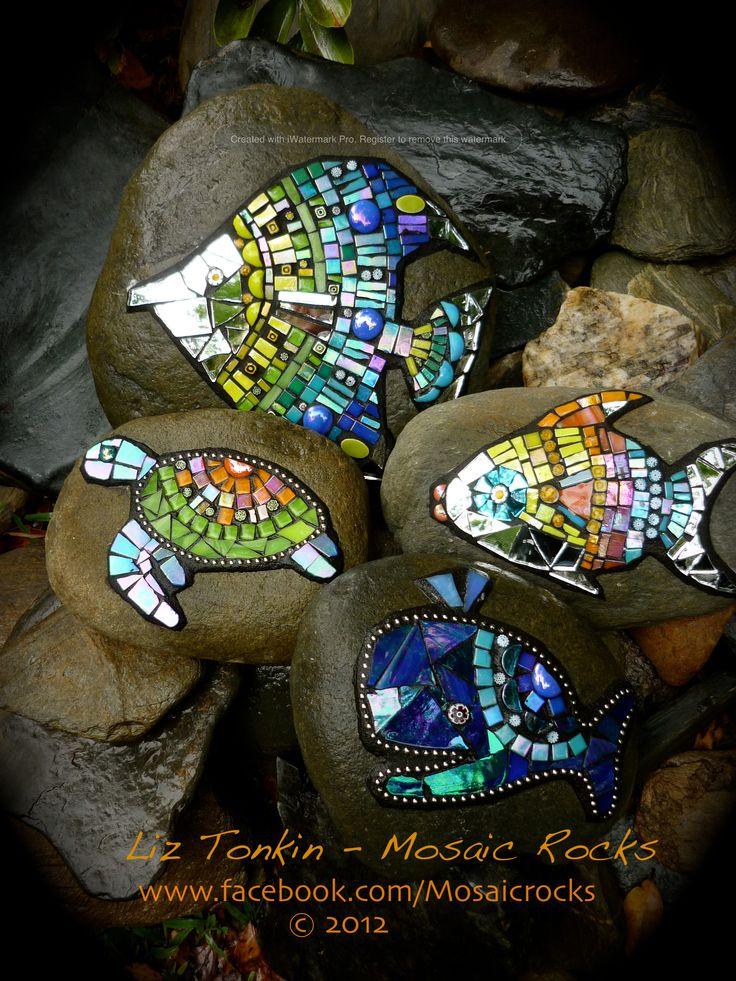 Liz Tonkin Mosaic Rocks Kuranda Australia www.facebook.com/mosaicrocks