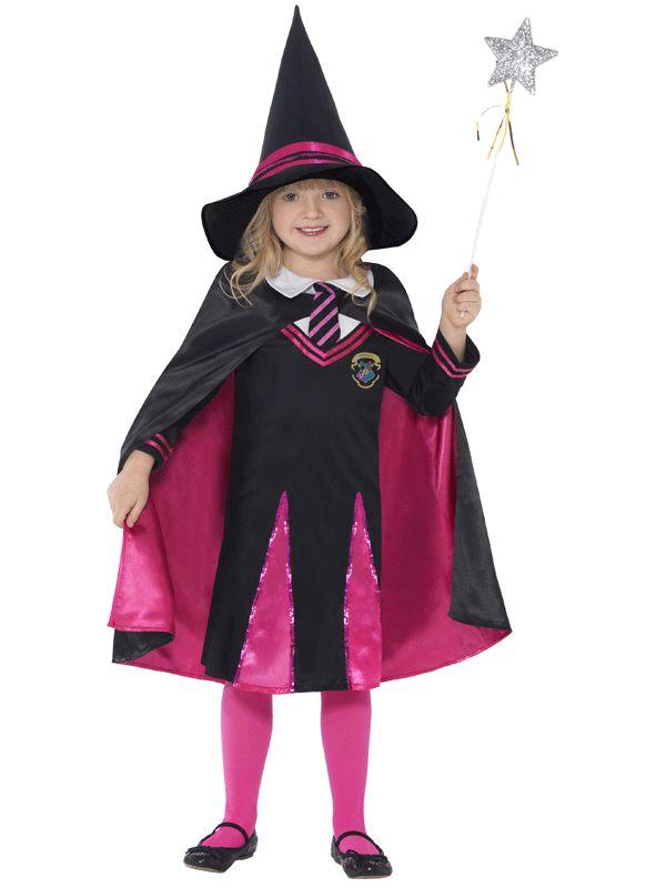 Tovenaars leerling kostuum voor meisjes. Roze en zwart heksen schoolmeisjes kostuum, inclusief trui, rokje, hoed en cape. Carnavalskleding 2015 #carnaval