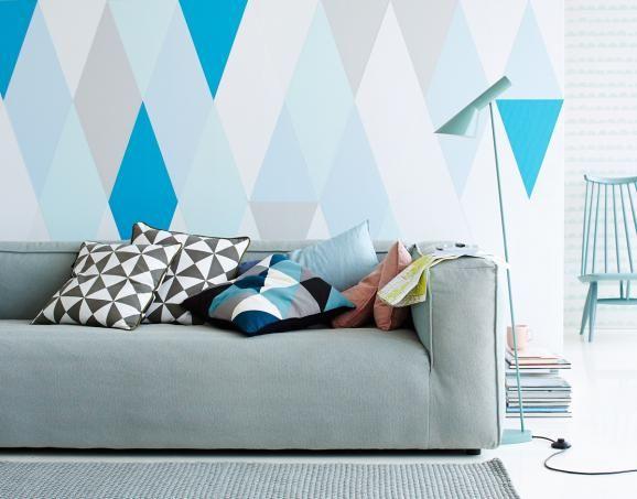 die besten 25 wand hinter sofa ideen auf pinterest selbstgemachter sofatisch sofatisch mit. Black Bedroom Furniture Sets. Home Design Ideas
