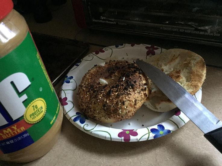 Everything bagel with peanut butter no lox out of cream cheese @michaelrapaport  #island#maine #snorkle #skiing #camp #dirtroads #itsthesimplethings #tinycabin #logcabinlife #ourislandlife #rowboat #lakelife#sunrise#boats #drinkingaroundthefire#sunset #kayak #onislandtime #pinetrees#starrynight #tinyhouse #snowshoes#logcabinporn#nicecar #nicebikini #islandlife by me_tinyisland