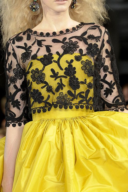 Oh Oscar De La Renta - you can do no wrong. Great inspiration for bridesmaid dress.