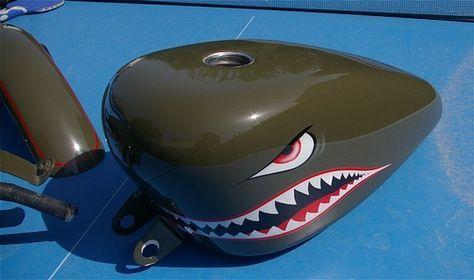 peinture moto aerographe harley sportster kaki requin shark pau aquitaine